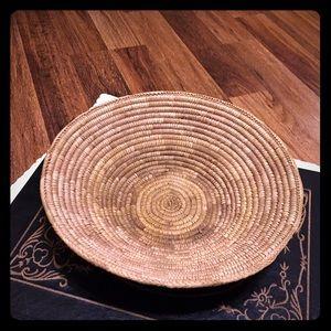 🦋2/$10 3/$15 4/$18 5/$20 Vintage Coil Basket